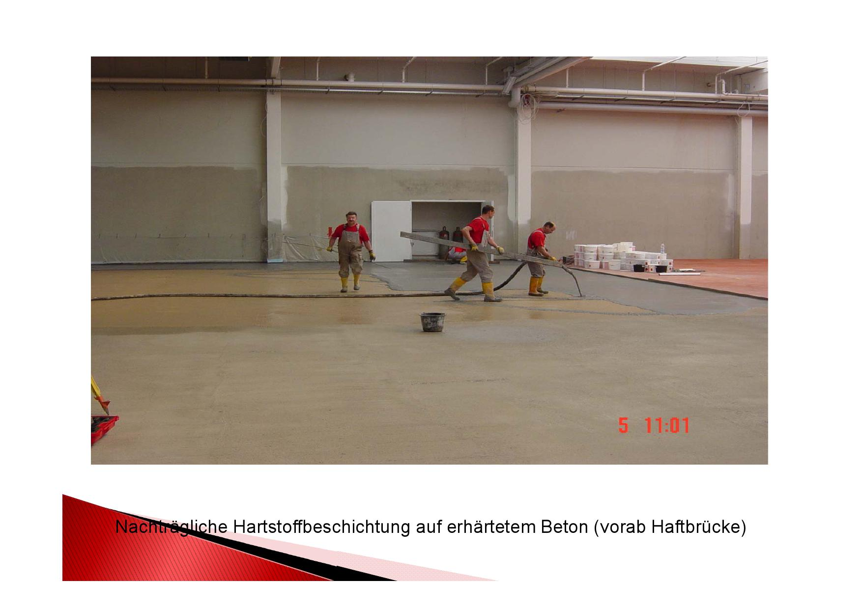 Arbeitsschritt: Nachträgliche Hartstoffbeschichtung auf erhärtetem Beton nach vorab aufgebrachter Haftbrücke