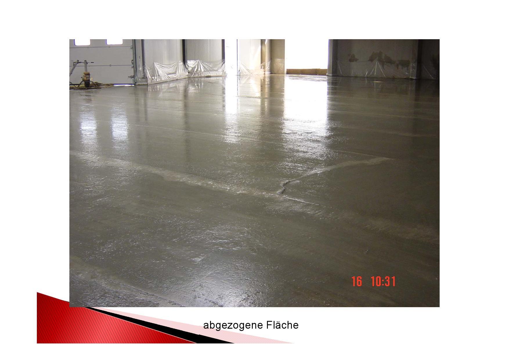 Industrieboden: frisch abgezogene Fläche
