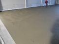 Arbeistsgang: Maschinelles Reiben und Glätten für Betonboden mit Monooberfläche
