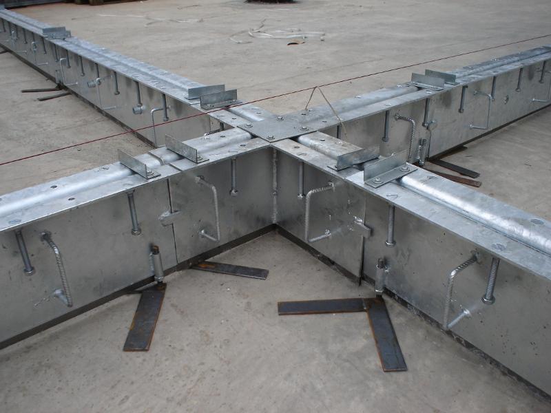 Montage Fugenprofil für Betonboden